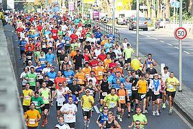 Läufer beim Baden-Marathon